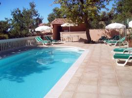 Cruis Villa Sleeps 8 Pool