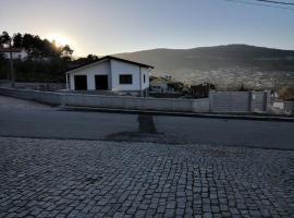Casa em Pedras Salgadas Rua São Martinho, 14B