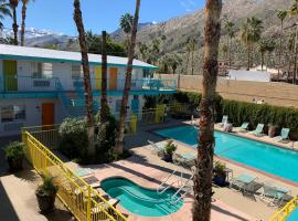Knights Inn - Palm Springs