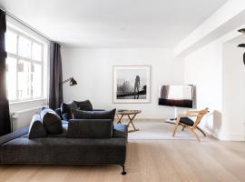 Three-bedroom Pure-LUX apartment prime location Copenhagen
