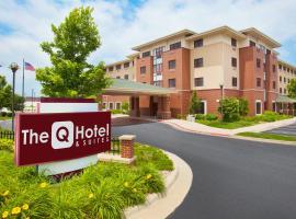 The Q Hotel & Suites