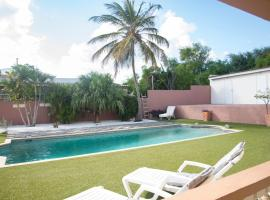 Big 180m2 villa close to BlueBay with private pool