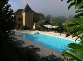 Hotel La Bastie d'Urfé, Naussac
