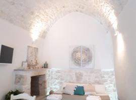 white luxury suite