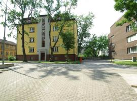 Komeedi Apartment