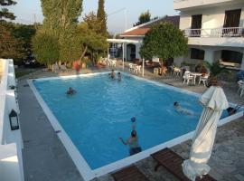 Apollon Resort, Пифагореон (рядом с городом Chóra)
