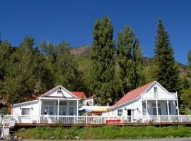 Tioga Lodge at Mono Lake, Lee Vining (in de buurt van Bridgeport)