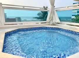 4BR Beach Villa, Priv Jacuzzi, 5 Min from Old Town