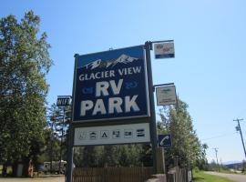 Glacier View Cabins & RV Park, Smithers (Evelyn yakınında)
