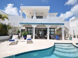 Villa Blue Shore 3BR 3BA Shore Point, Beachfront with Private Pool on St Maarten
