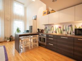 Best Apartments - Pallasti loft for 4