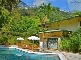 Hotel Roca Verde Beachfront