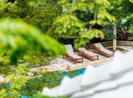 Luxury Villa: Chao Phraya River View