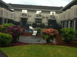 Howard Johnson Inn and Suites Tacoma, Monta Vista