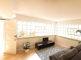 2 Bedroom Apartment House - Sol do Murtal