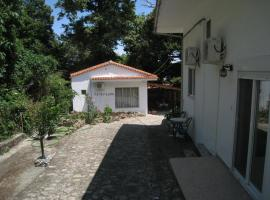 Studios La Kastania, Therma