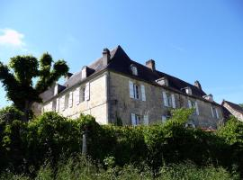 Chambres d'Hôtes L'Ormeau, La Bachellerie (рядом с городом Azerat)