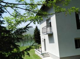 Kuća-Zvorničko jezero