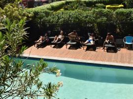 Down Under Hostels by the beach