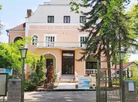 Sophie's Holiday Márton Villa & Apartmanok