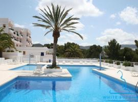 Cala Tarida Apartment Sleeps 4 Pool Air Con WiFi