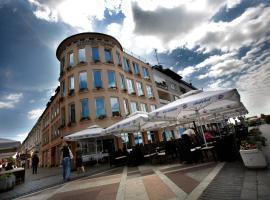 Hotel Savus, Славонски-Брод