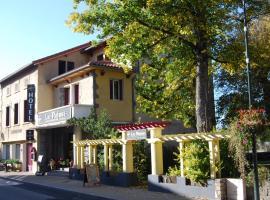 Hôtel Restaurant les Platanes, Montfaucon (рядом с городом Lapte)