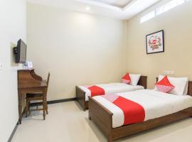 OYO 890 Dewi Fortuna Residence