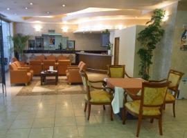 L and L Hotel Senryu, Isahaya (Kamenoura yakınında)