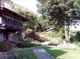 Casas Rurales El Corberu, Sardedo
