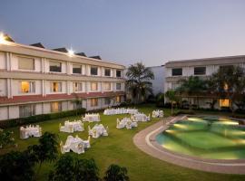 Hotel Express Residency-Jamnagar, Sika (рядом с городом Khambhāliya)