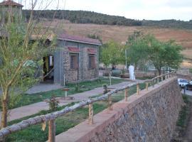 Tamanoucht, Zaouia Ben Smine (рядом с городом Азру)