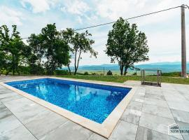 ctim290-Luxury villa with pool for 6+2 persons