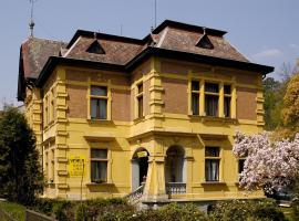 Vila Jehla, Česká Kamenice (Líska yakınında)