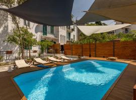 Aspalathos luxury rooms with pool and garden