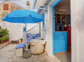 Apartments by the sea Veli Losinj (Losinj) - 7959
