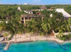 Nomads Hotel Hostel & Beachclub