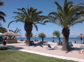 Three Stars Beach Hotel, Мораитика (рядом с городом Месонги)
