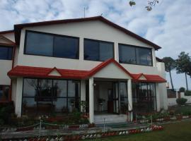Classic Hilltop Resort, Jajal