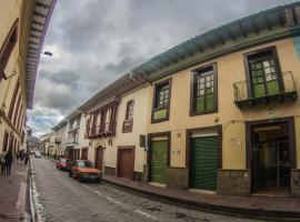 Latinos Brothers House Cuenca