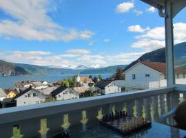 Fjordvilla with with astonishin view