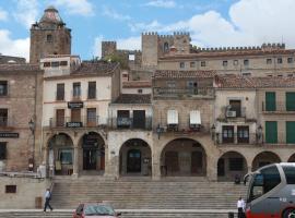 Alojamientos Plaza Mayor, Trujillo