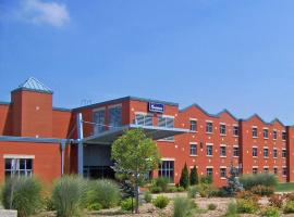 Residence & Conference Centre - Welland, Welland