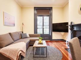 Luxury Art Deco Apartment - Surry Hills