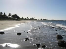 Tropical Beach Caravan Park, Bowen (Queens Beach yakınında)