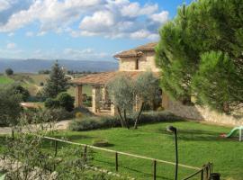 Casale Becetole, Todi (Due Santi yakınında)