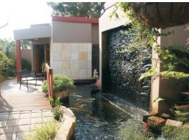 A La Martha's Air-Port Guest House