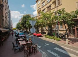 Crossroad Rooms & Apartments
