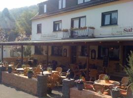 Hotel Zum Sahrtal, Kirchsahr (Berg in Ahrweiler yakınında)