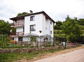 Holiday Home Dima, Orehovo (Hvoyna yakınında)